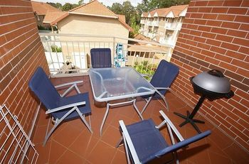 North Ryde 64 Cull Furnished Apartment - Accommodation Yamba