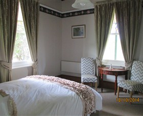 Cygnet's Secret Garden - Boutique Bed and Breakfast - Accommodation Yamba