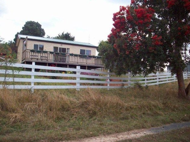Demeter Farm Cabin - Accommodation Yamba