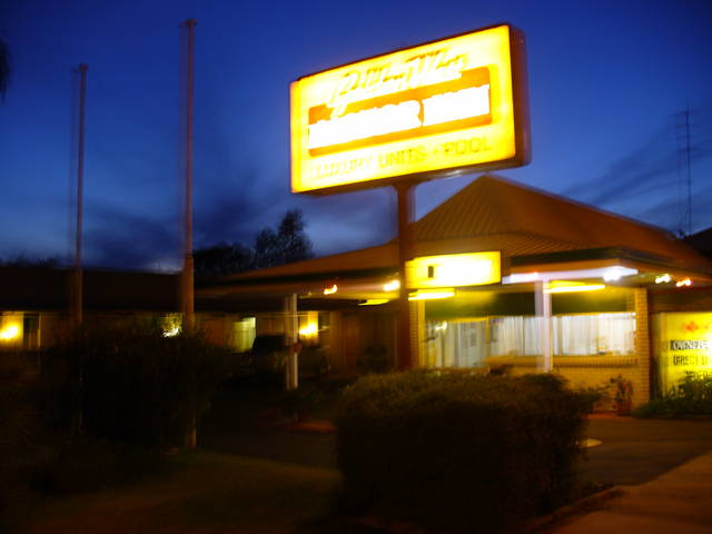 Golden West Motor Inn - Accommodation Yamba