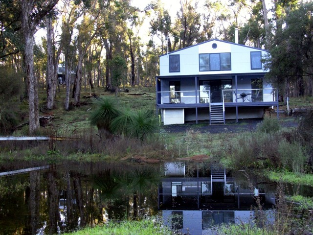 Hidden Grove Retreat - Accommodation Yamba