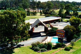 Tooleybuc Club Motor Inn - Accommodation Yamba