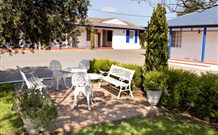 Colonial Motel and Apartments - Accommodation Yamba