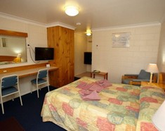 Alabaster Motel - Accommodation Yamba