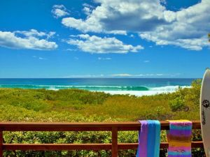 Surfside on Mollymook Beach - Accommodation Yamba