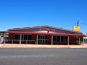 Railway Hotel Condobolin - Accommodation Yamba