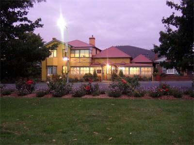 All Saints and Sinners Colonial BB - Accommodation Yamba