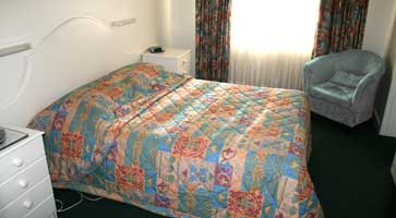Claremont Hotel Motel - Accommodation Yamba