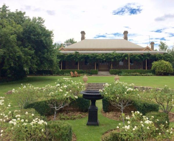 Clifton House and Gardens Farm Stay Accommodation - Accommodation Yamba