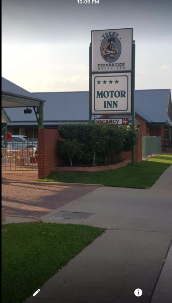 Federation Motor Inn Young - Accommodation Yamba