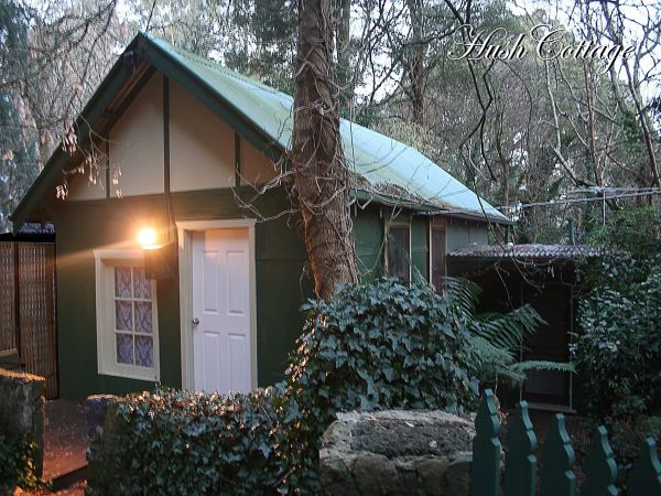 Lotus Lodges: Hush Cottage & Charmed Cabin