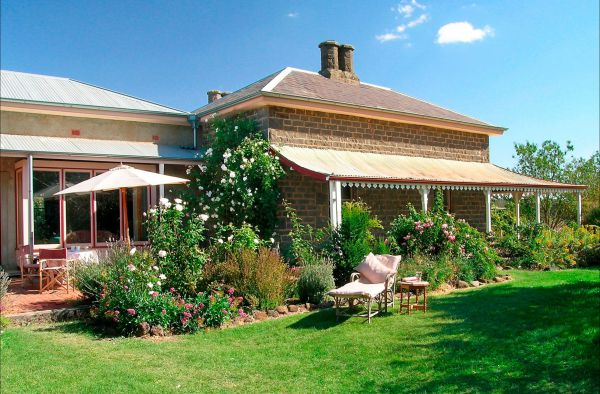 Lochinver Farm Homestead and Cottages - Accommodation Yamba
