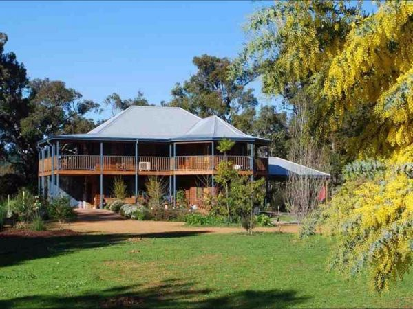 Riverwood Retreat - Accommodation Yamba