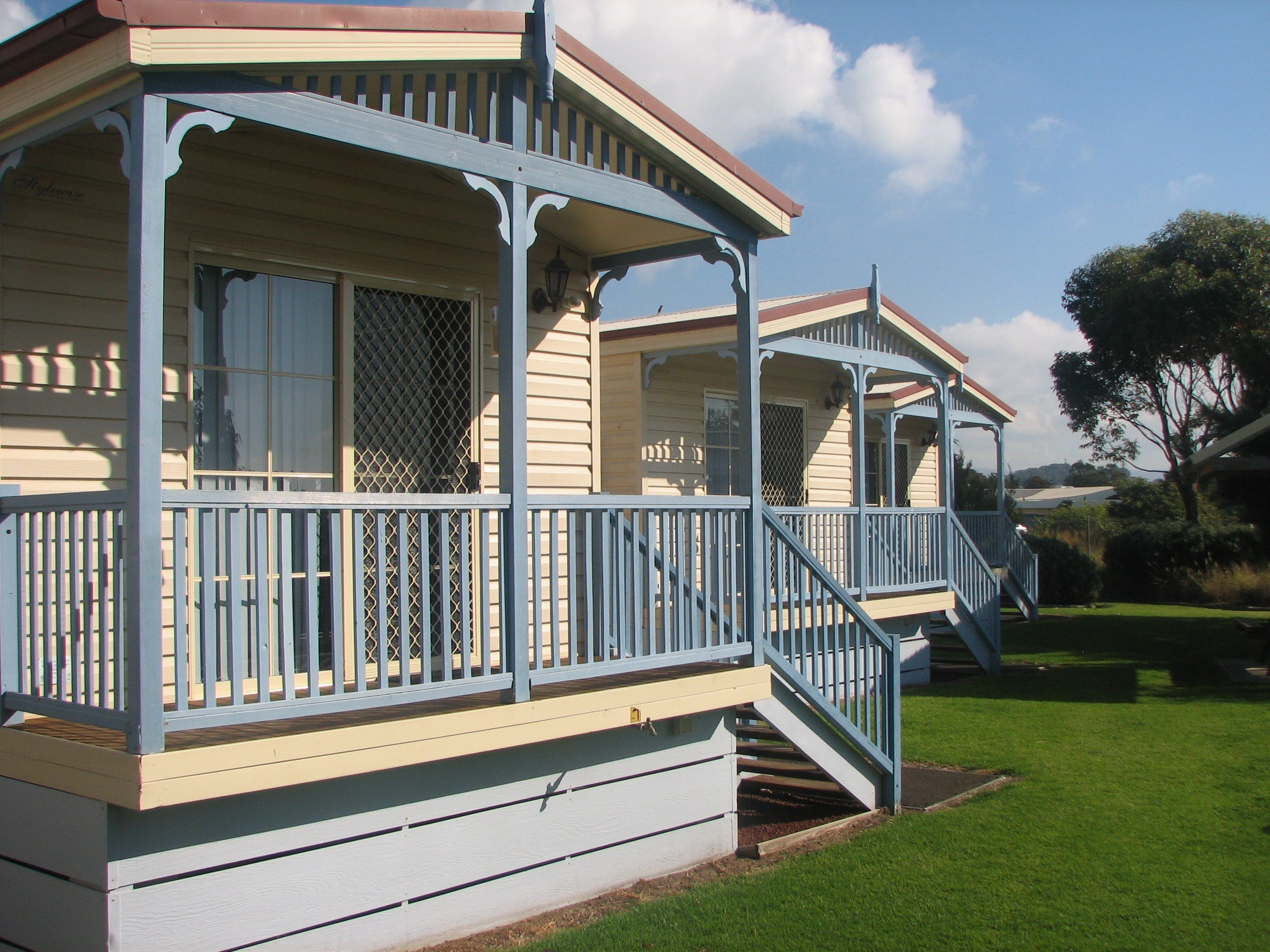 Barrack Point Holidays at Warilla Bowling Club - Accommodation Yamba