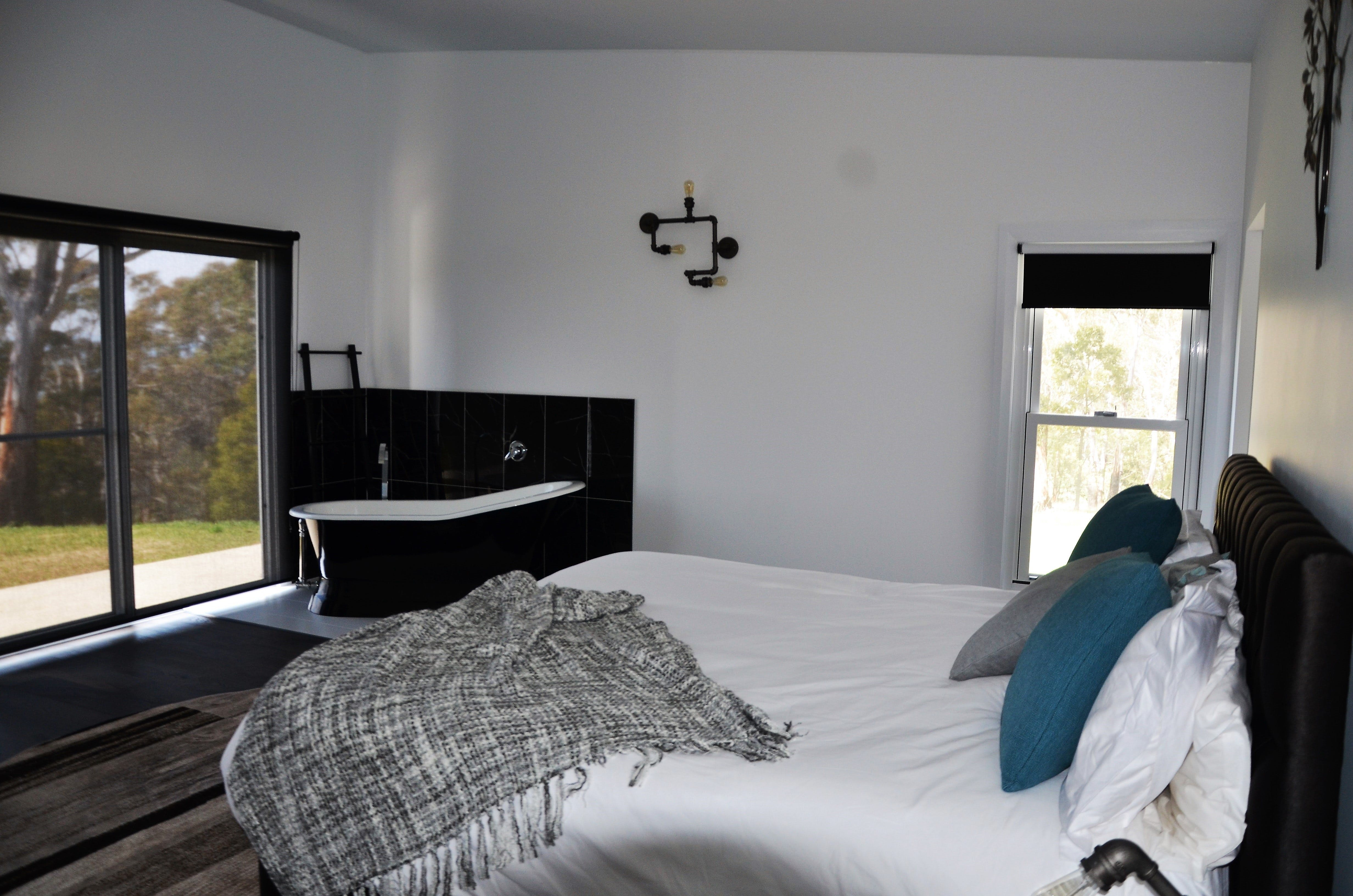 Hickory Moon - Accommodation Yamba