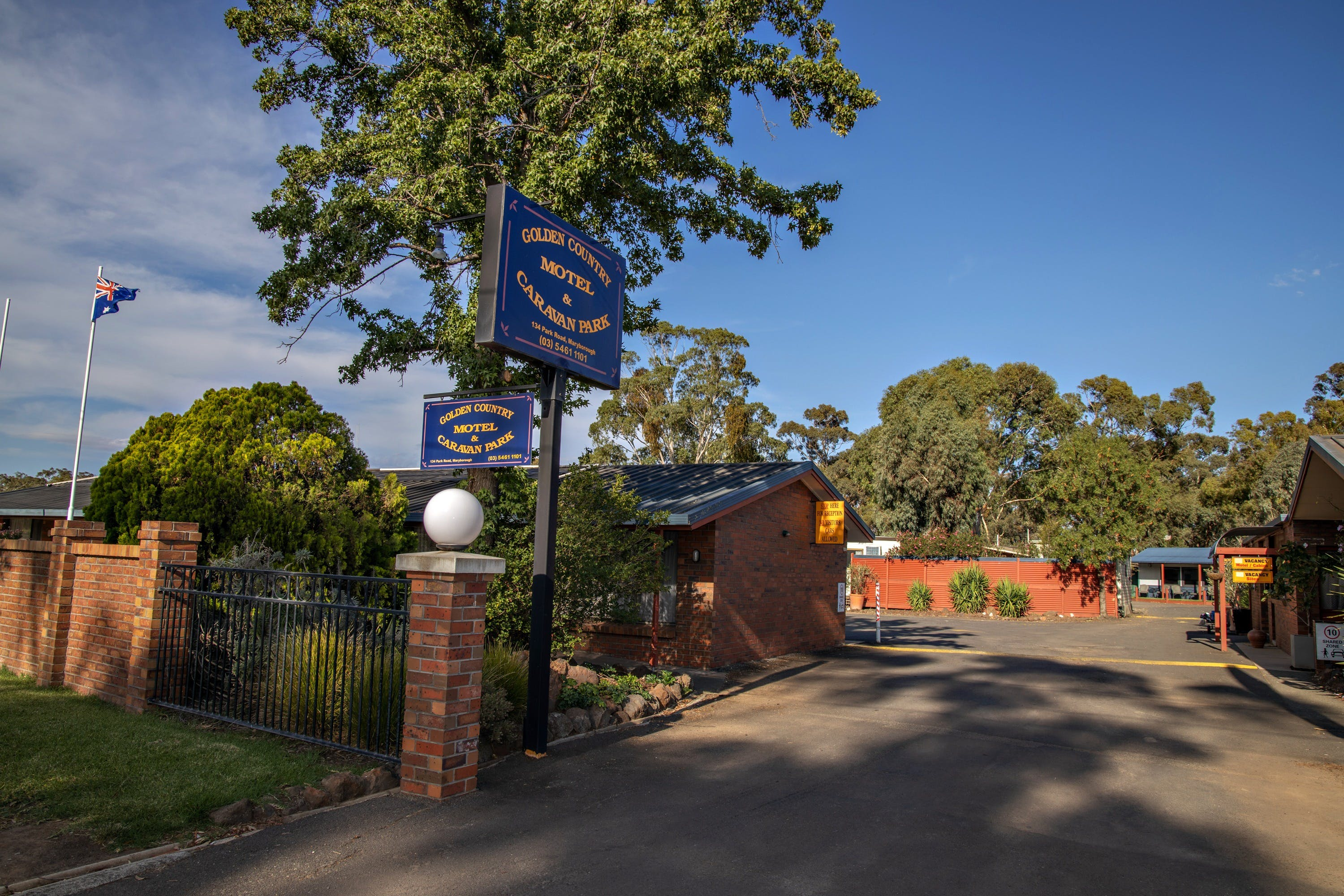 Golden Country Motel and Caravan Park - Accommodation Yamba