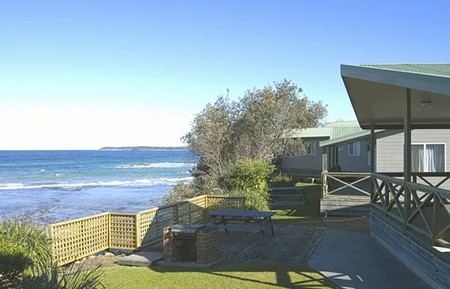 Berrara Beach Holiday Chalets - Accommodation Yamba