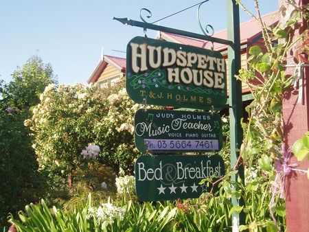 Hudspeth House Bed and Breakfast - Accommodation Yamba