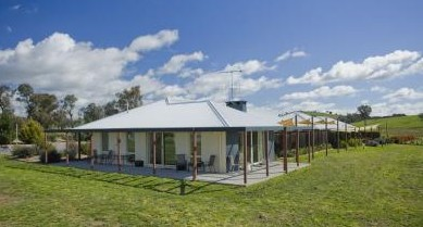 Country Guesthouse Schonegg - Accommodation Yamba