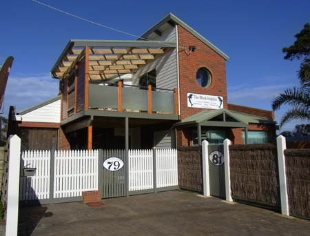 Black Dolphin Townhouse and Apartment - Accommodation Yamba