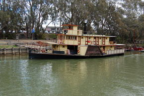 Emmylou Paddle Steamer - Accommodation Yamba