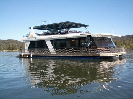Able Hawkesbury River Houseboats - Accommodation Yamba