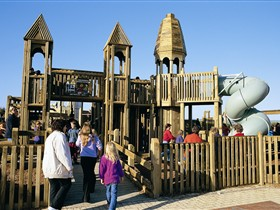 Jubilee Park Adventure Playground - Accommodation Yamba