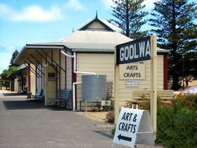 Goolwa Community Arts And Crafts Shop - Accommodation Yamba