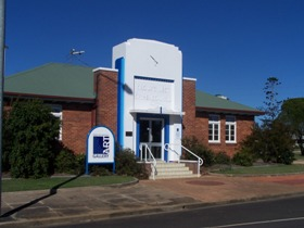 Crows Nest Regional Art Gallery - Accommodation Yamba