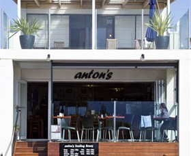 Antons - Accommodation Yamba