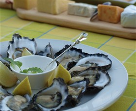 Oyster Shed on Wray Street - Accommodation Yamba