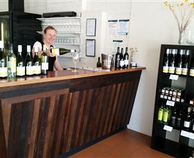 Billy Button Wines - Accommodation Yamba