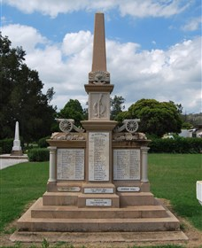 Boer War Memorial and Park Allora - Accommodation Yamba
