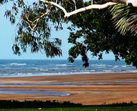 Beachfront Hotel - Accommodation Yamba