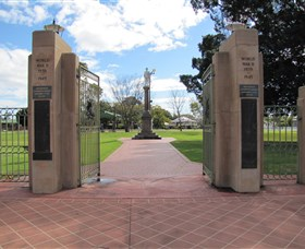 Goondiwindi War Memorial - Accommodation Yamba