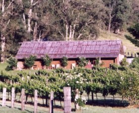 Undercliff Winery and Gallery - Accommodation Yamba
