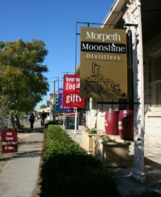 Morpeth Wine Cellars and Moonshine Distillery - Accommodation Yamba
