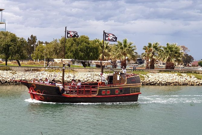 The Pirate Cruise - Accommodation Yamba
