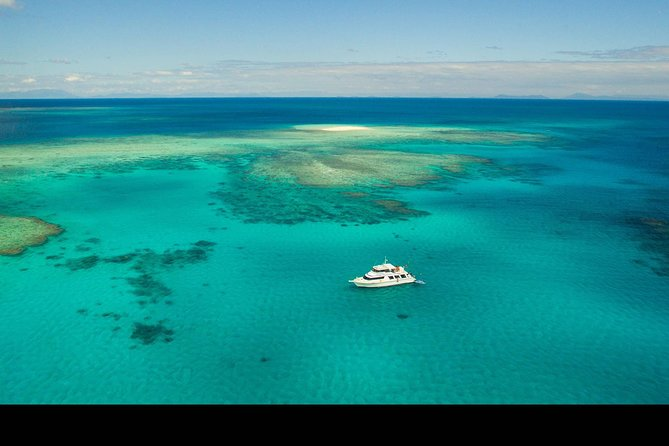 Great Barrier Reef Dive and Snorkel Cruise from Mission Beach - Accommodation Yamba