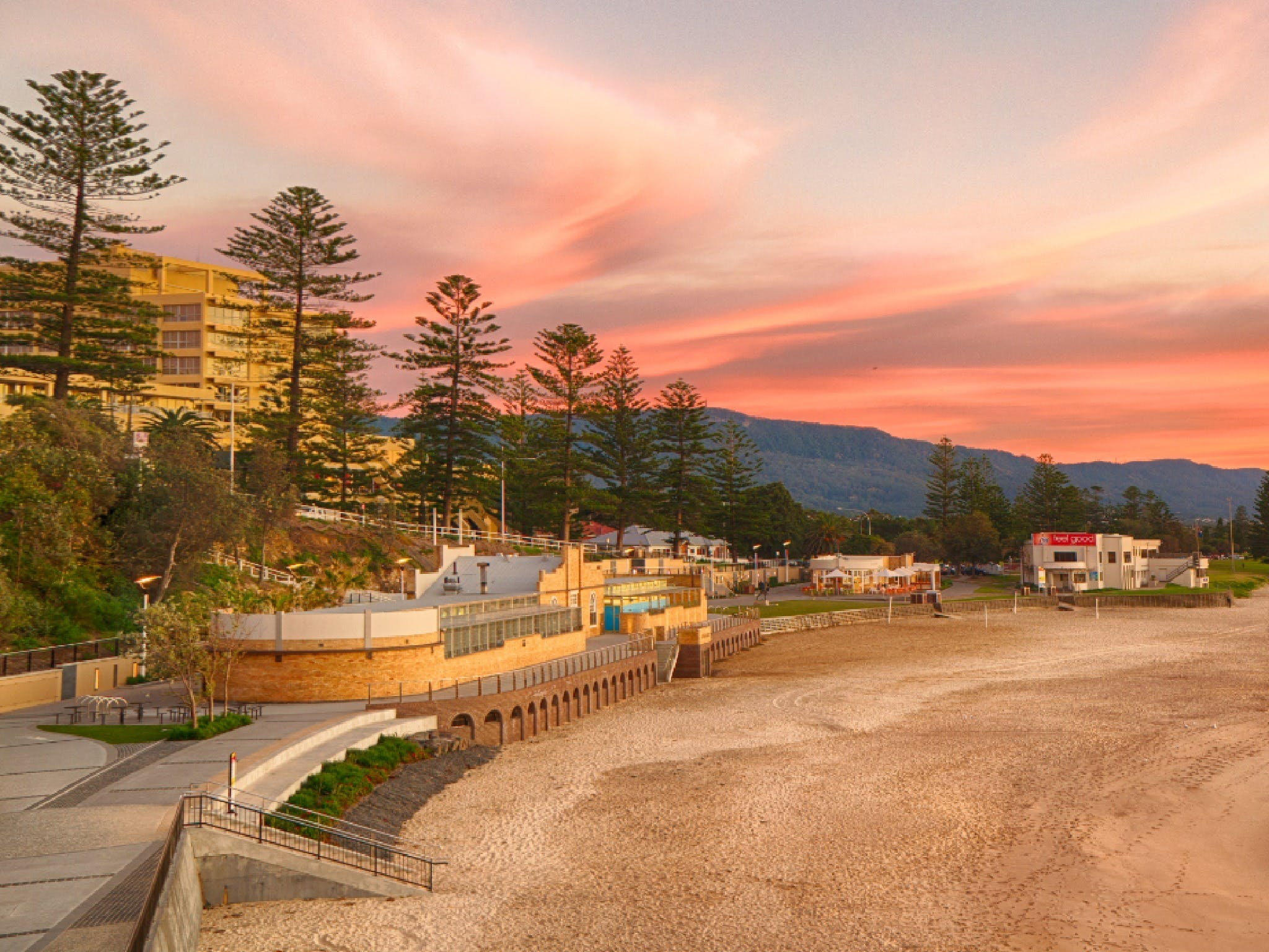 North Wollongong Beach - Accommodation Yamba
