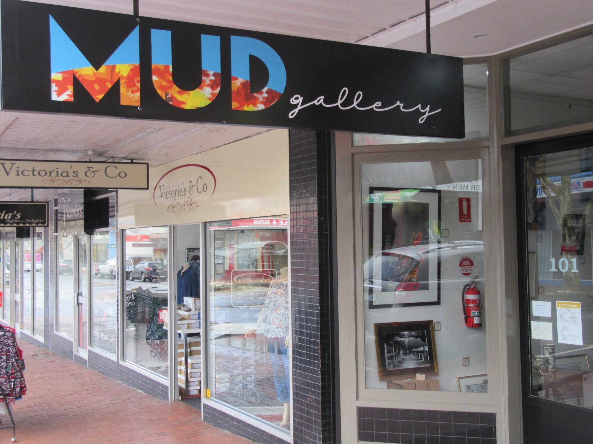 MUD Gallery - Accommodation Yamba