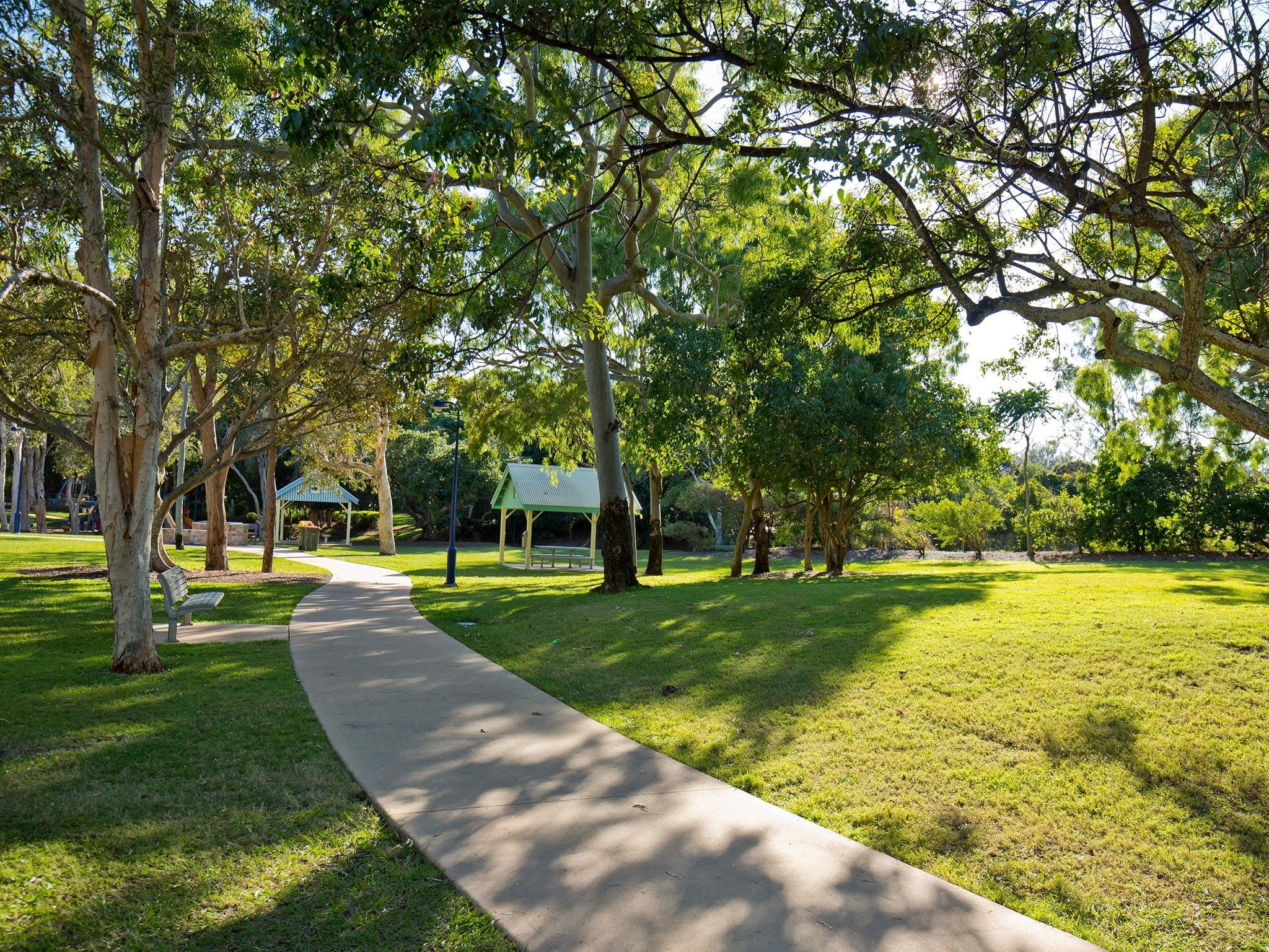 Millennium Esplanade and Tannum Sands Beach - Accommodation Yamba