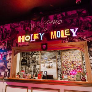 Holey Moley Charlestown - Accommodation Yamba