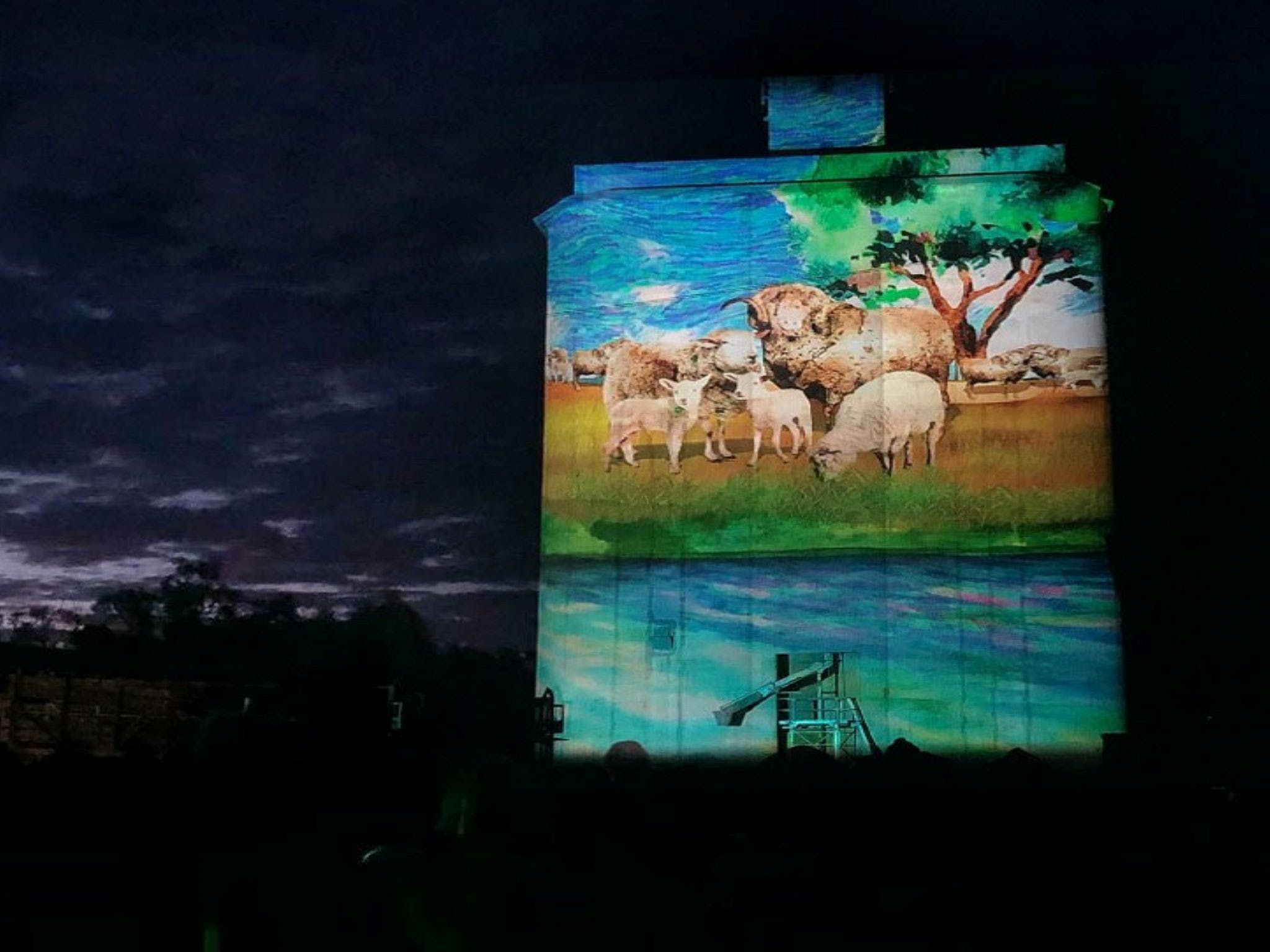 Quorn Silo Light Show - Accommodation Yamba