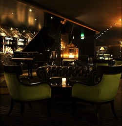 Trademark Hotel Lounge Bar and Piano Room - Accommodation Yamba