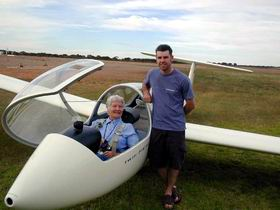 Waikerie Gliding Club - Accommodation Yamba