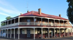 Brookton Club Hotel - Accommodation Yamba