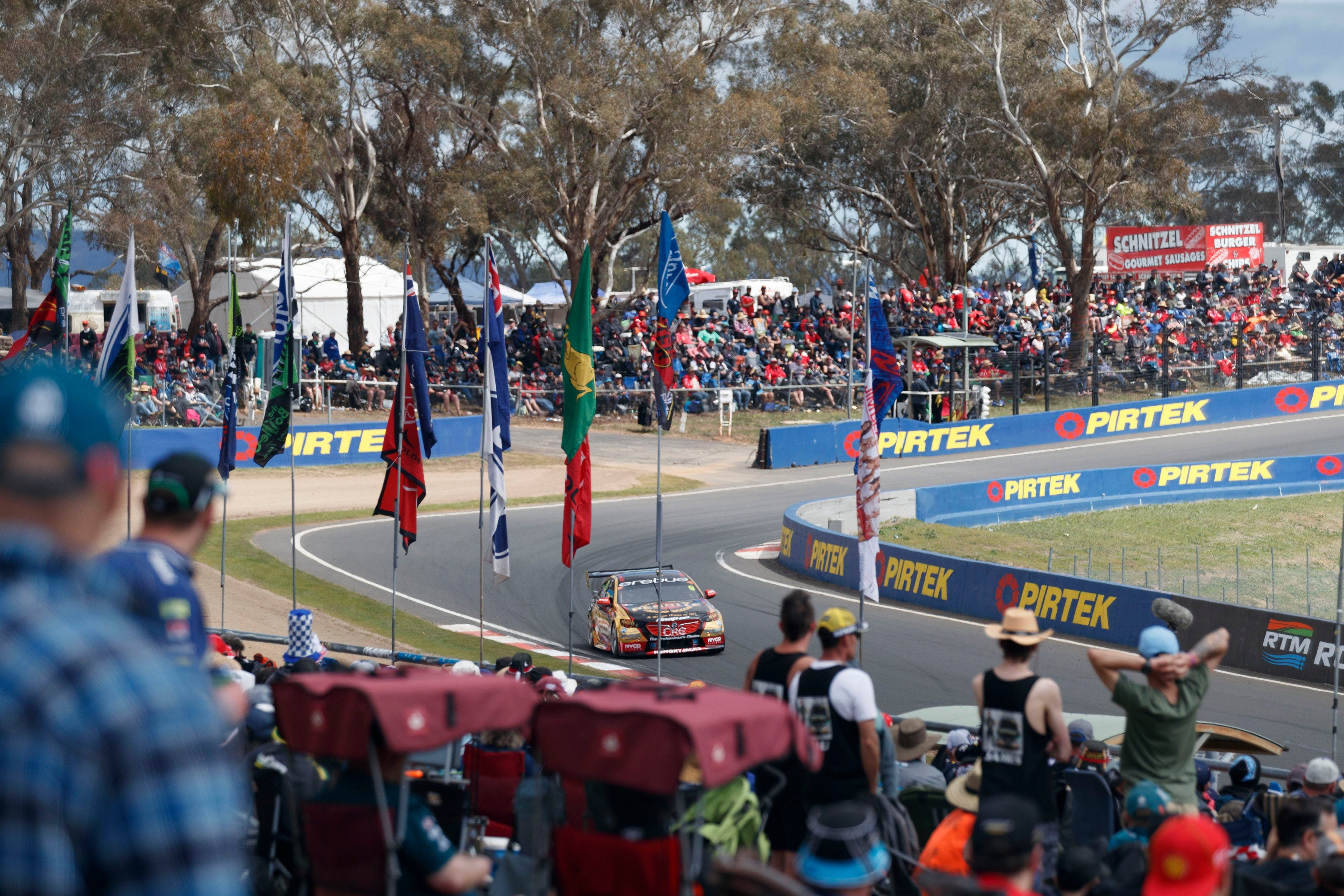 Supercars Supercheap Auto Bathurst 1000 - Accommodation Yamba