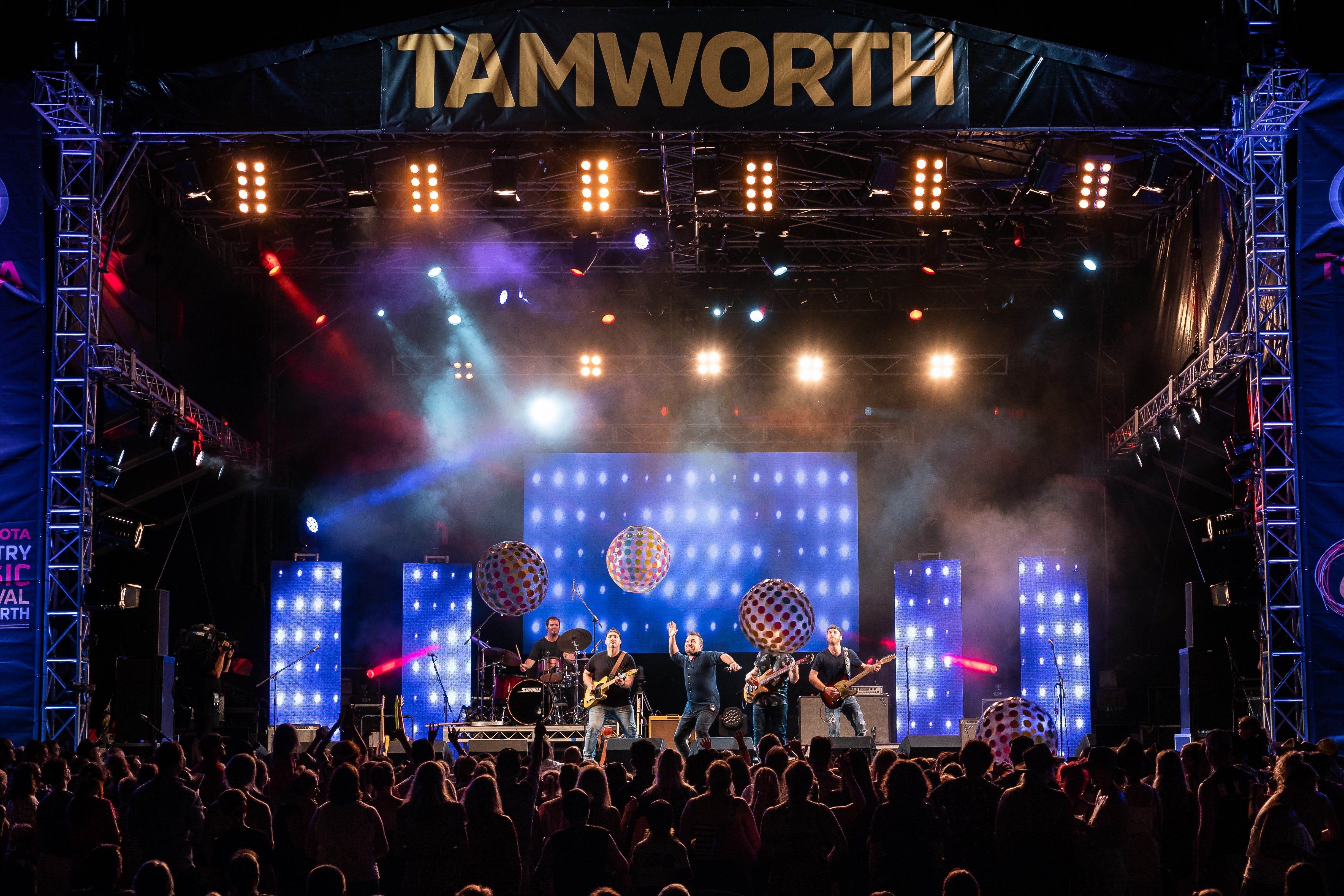 Toyota Country Music Festival Tamworth - Accommodation Yamba