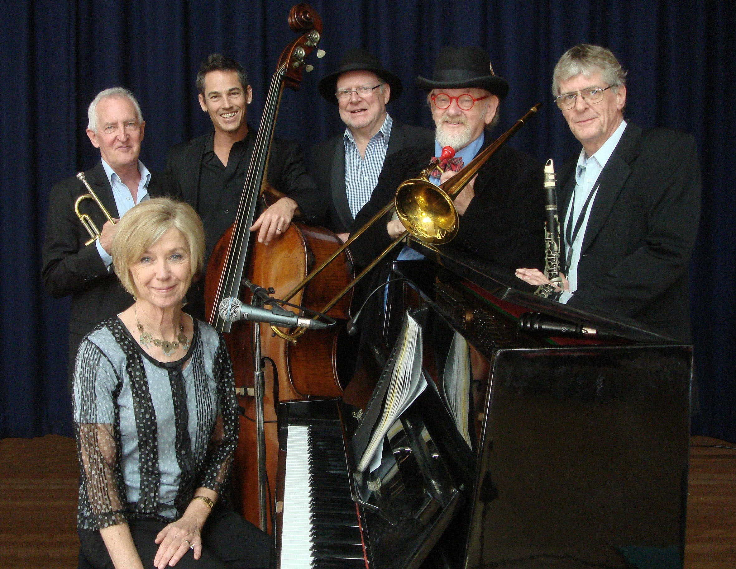 The Caxton Street Jazz Band in the Swigmore Hall at Robert Channon Wines - Accommodation Yamba